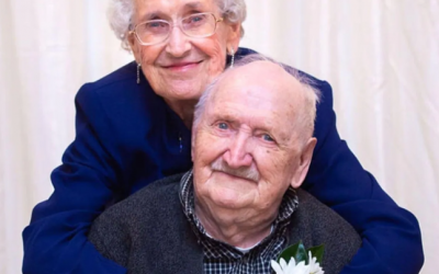 Couple married for 75 years first met in revolving door at The Bay in downtown Winnipeg