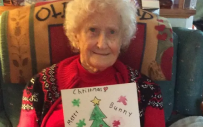 99-year-old war veteran 'overwhelmed' by hundreds of holiday cards
